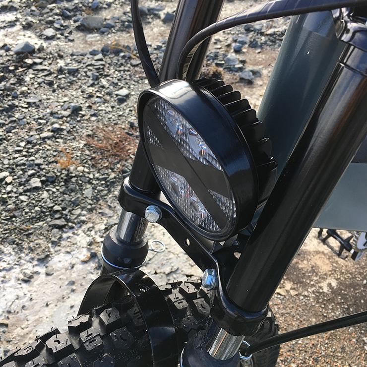 Scrambler : un vélo électrique haut de gamme à mi-chemin avec le scooter