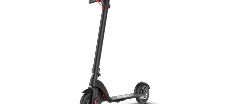 UrbanRide-100, l'astucieuse trottinette électrique française pliable et à batterie amovible