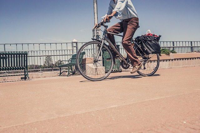 Le vélo électrique peut améliorer le bien-être des seniors