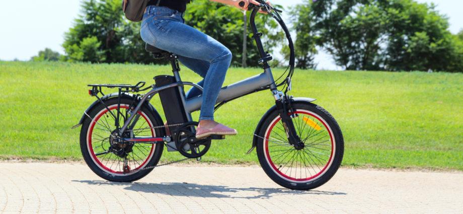le vélo électrique en ville, une meilleure option que la voiture électrique