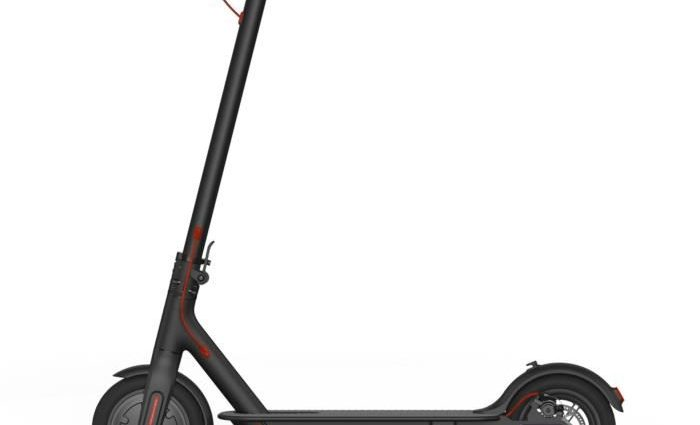 la trottinette électrique Xiaomi M365 Mi Electric Scooter à 349 euros chez la FNAC