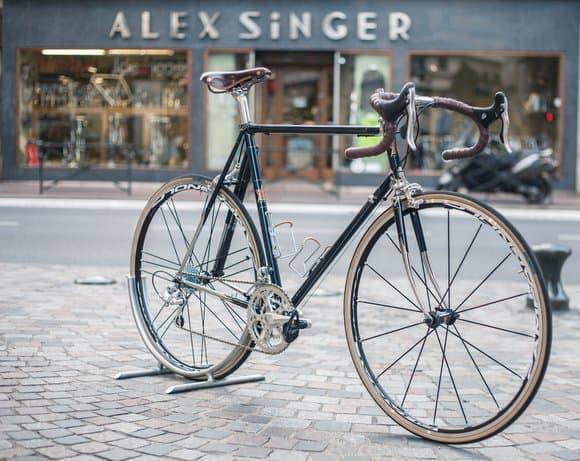 """Cavale, le vélo électrique """"made in France"""" créé avec Alex Singer"""